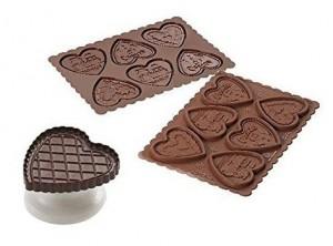 stampino tagli biscotti frollino cuore con cioccolata silikomart