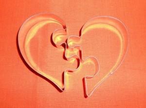 kit 2 stampi tagliabiscotti frollini cuore ad incastro