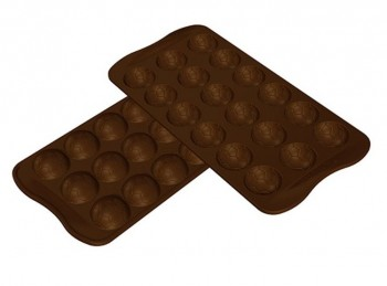 stampo forma cioccolatini pallone calcio silikomart