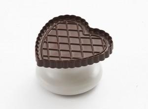 stampo tagliabiscotti frollino forma cuore con disco cioccolato
